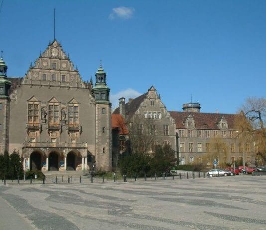 800px-Aula_UAM_i_Collegium_Minus_Poznań