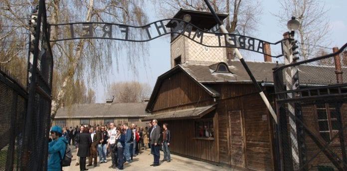 Auschwitz_indgang_Polen_polennu