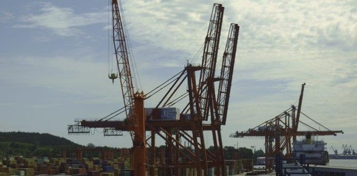 Containerkraner_i_Gdynia_havn