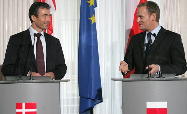 Danmarks_statsminister_Anders_Fogh_Rasmussen_og_hans_polske_kollega_Donald_Tusk_har_EU,_NATO_og_FN_klimamøde_som_emner_i_2009