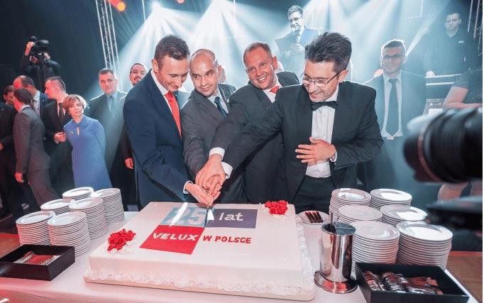 Dansk_virksomhed_VELUX_fejrer_25_år_i_Polen