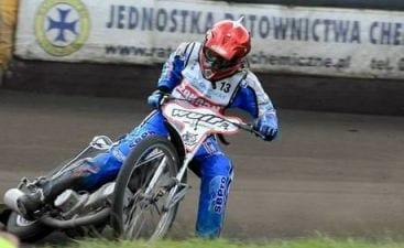 Den_kun_19-årige_Nanna_Jørgensen_er_en_af_de_danskere,_der_kører_professionelt_speedway_i_Polen