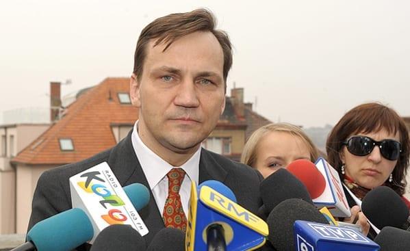 Den_polske_udenrigsminister_Radek_Sikorski_skal_til_Moskva_for_at_mødes_med_sin_russiske_kollega_Sergei_Lavrov