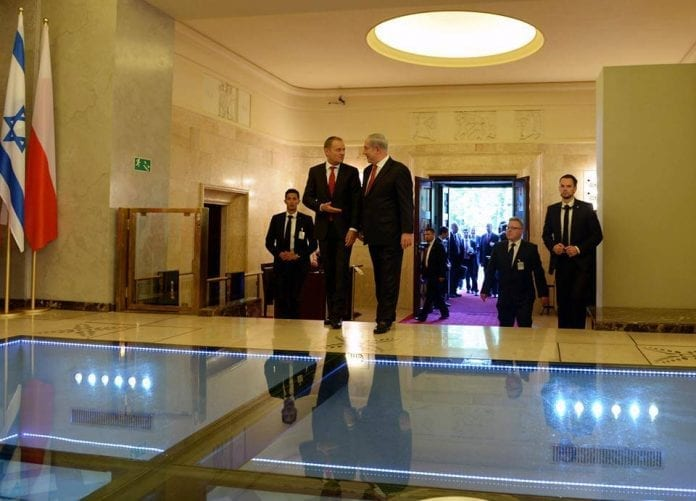 Donald_Tusk_Israel_statsminister_Auscwitz_Polen_polennu