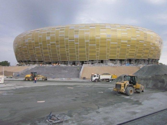 EM_2012_fodbold_stadion_i_Gdansk_ikke_færdigt_0