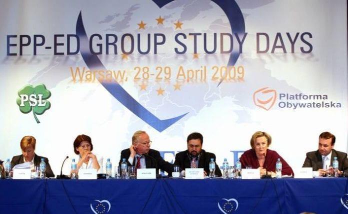 Europæiske_centrum-højre_politikere_mødes_i_Warszawa