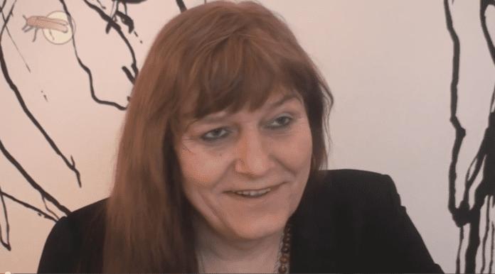 Ewa_Holuszko_er_transseksuel_og_opstillet_til_Europa-parlamentet_i_Polen