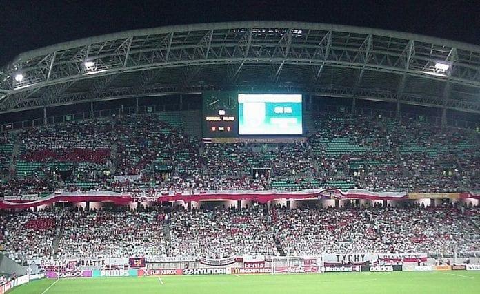 Forbud_mod_alkohol_på_polske_fodbold_stadions_op_til_EM_slutrunden_i_2012_i_Polen_og_Ukraine