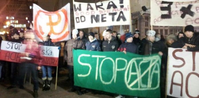 Foto_facebookgruppen_stop_acta
