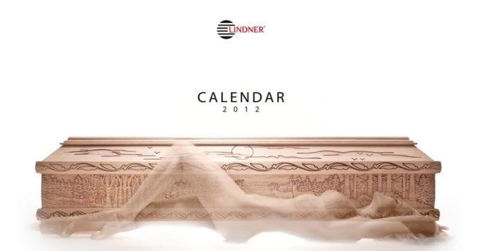 Fræk_kalender_fra_polsk_producent_af_kister