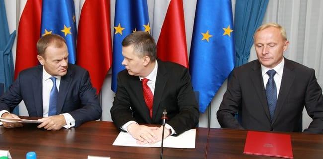 Fra_venstre,_Donald_Tusk,_Thomas_Siemoniak_og_Czeslaw_Mroczek