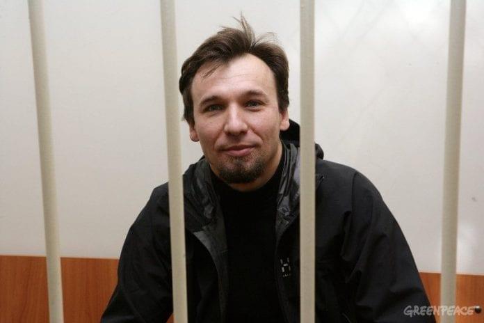 Greenpeace_aktivist_fra_Polen_er_løsladt_imod_kaution