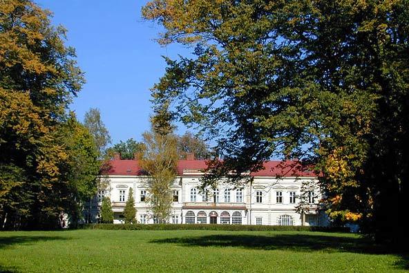 Habsburg_familien_øsnker_at_genvinde_slottet_i_Zywiec_fra_Polen