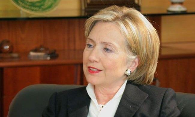 Hillary_Clinton_Polen_polennu