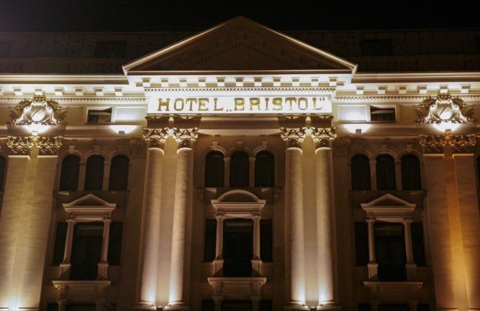 Hotel_Bristol_Maja_Giannoccaro_Warszawa_Polen_polennu