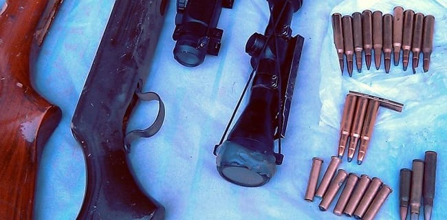 Illegale_våben_fundet_i_Polen_policja