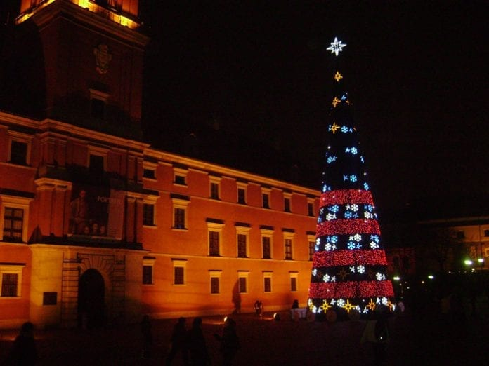 Juletræet_i_Warszawa_Polen