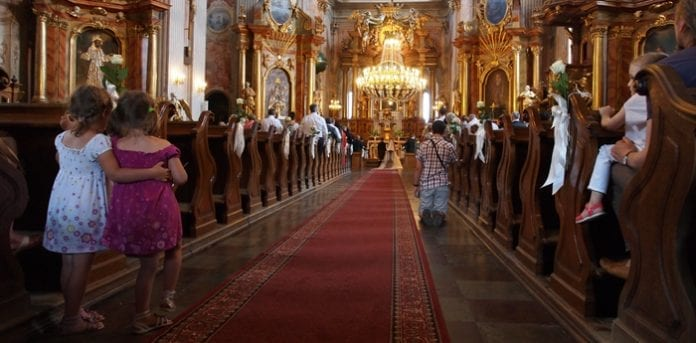 Kirke_i_Warszawa