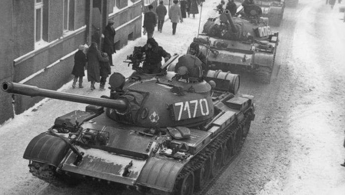 Krigsretstilstand_i_Polen_-_december_1981