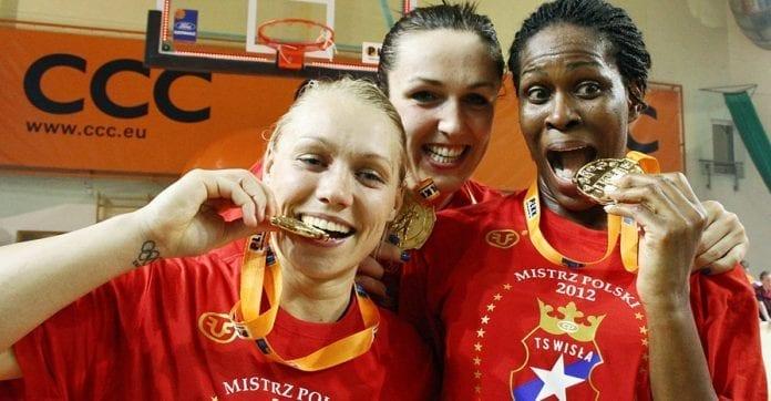 Kvindernes_basketguld_endte_i_Krakow