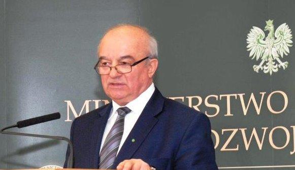 Landbrugsminister_træder_tilbage_i_Polen