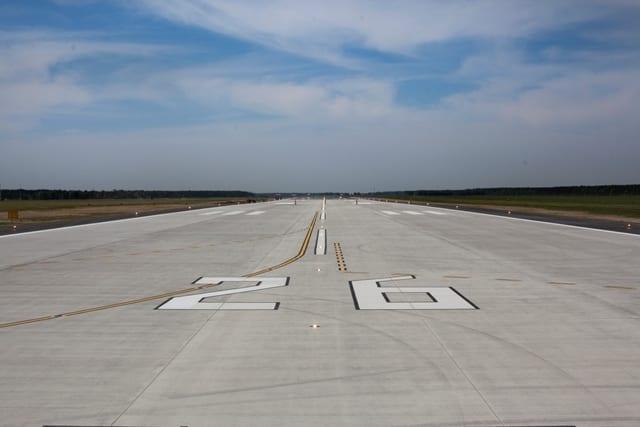 Landingsbane_ved_ny_lavprislufthavn_bygges_en_gang_til
