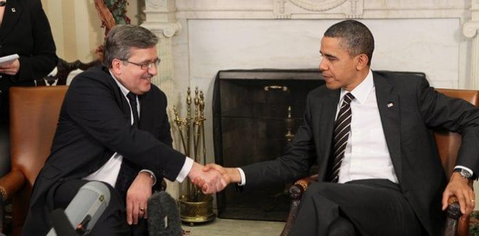 Møde_mellem_præsidenterne_fra_USA_og_Polen__8_dec