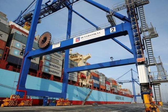 Maersk_Taikung_er_et_af_de_skibe,_der_sejler_på_ruten_Gdansk_Shanghai