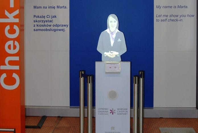 Marta_i_Chopin_lufthavnen