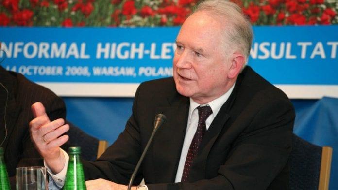 Minister_Nowicki