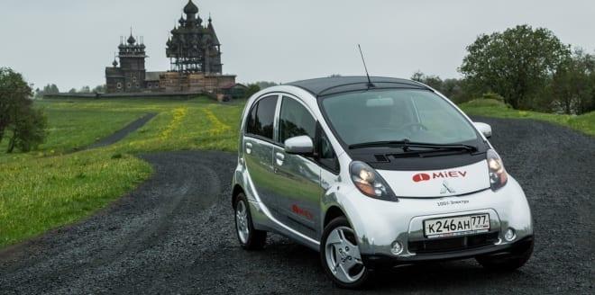 Mitsubishi_sælger_rekord_mange_biler_i_Polen
