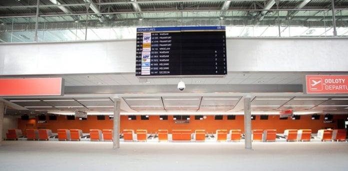 Modlin_Airport_ny_terminal2