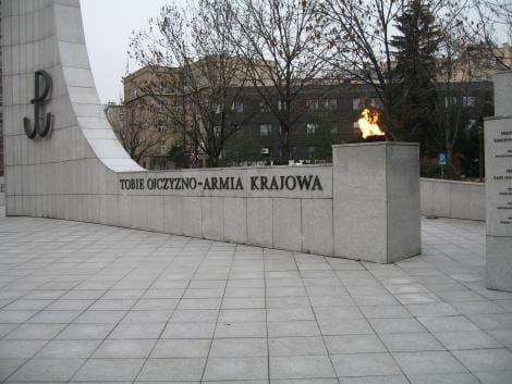 Monument_1939_45