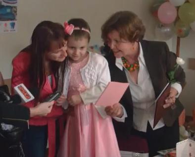 Næsten-million-fødselsdagskort-til-en-lille-pige-fra-Polen