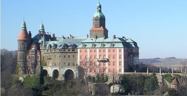 Nazi_tog_fundet_nær_slottet_Ksiaz_i_Polen_3