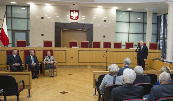 Ny_lov_om_højesteret_i_Polen_undergraver_demokratiet