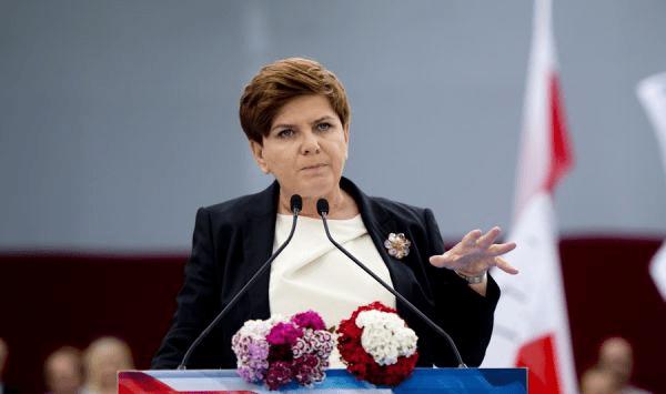 Oppositionen_fører_i_meningsmåling_i_Polen