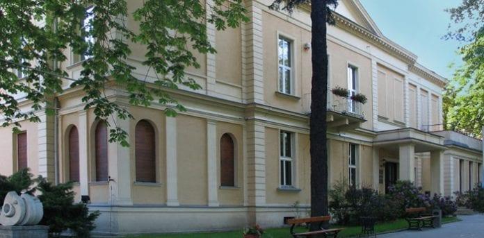 Palac_Oskara_Kona_i_Lodz_nu_hovedkvarter_for_filmskolen