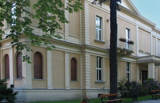 Filmskolen i Lodz Palac_Oskara_Kona_i_Lodz_nu_hovedkvarter_for_filmskolen_0