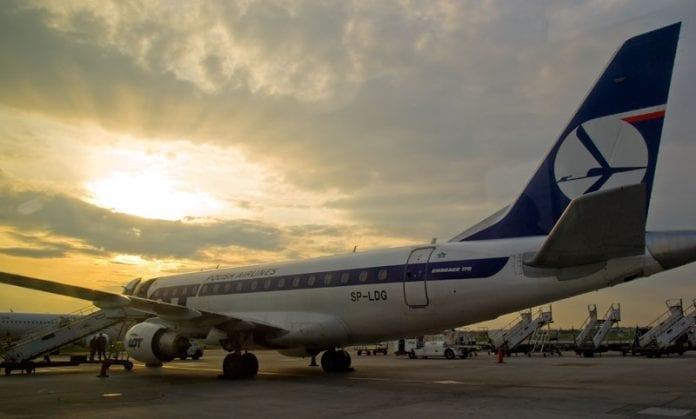 Polen_LOT_fly_til_evakuering_Martin_Bager_2