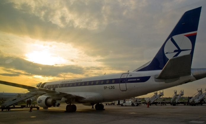Polen_LOT_fly_til_evakuering_Martin_Bager_3