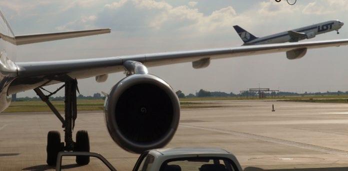 Polen_Lufthavn_fly_