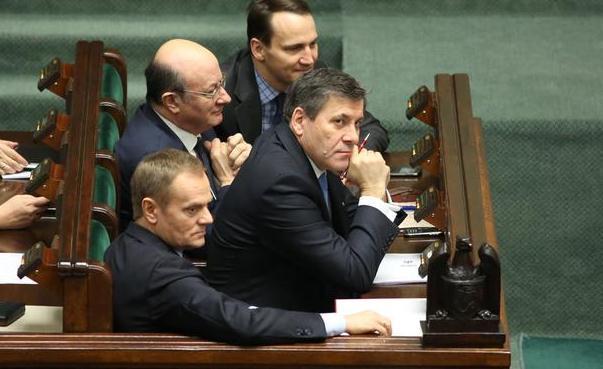 Polen_regering_vinder_afstemning_polennu