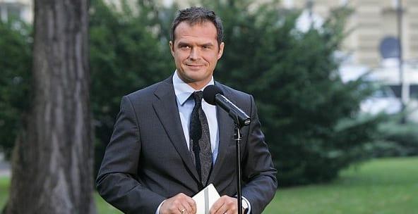 Polen_transport_minister_Nowak_polennu