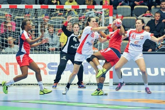 Polens_håndbold-piger_vandt_første_kamp_ved_VM_i_Danmark