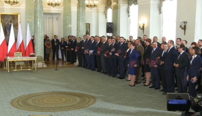 Polens_ny_regering_er_blevet_indsat_2