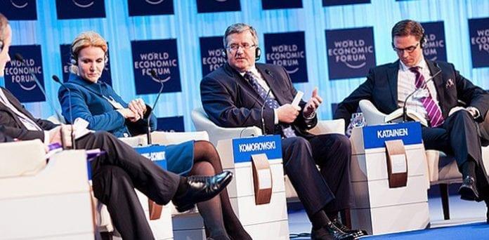Polens_præsident_Bronislaw_Komorowski_i_Davos_sammen_med_Helle_Thorning-Schmidt_polennu