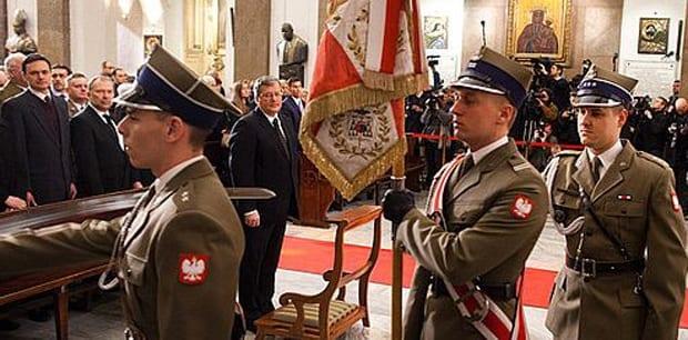 Polens_præsident_til_mindeceremoni_for_Smolensk_ofrene_Polen_polennu