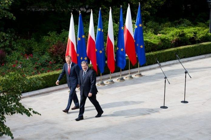 Polens_statsminister_Donald_Tusk,_og_den_polske_præsident_Bronislaw_Komorowski_årets_politiker_2011