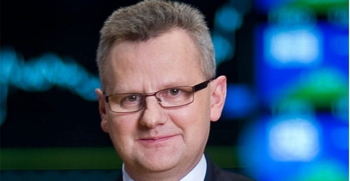 Polsk_minister_får_Årets_Stol